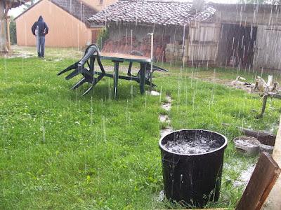 eau de pluie poubelle récupération eau de pluie