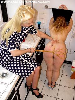 spanking restraint
