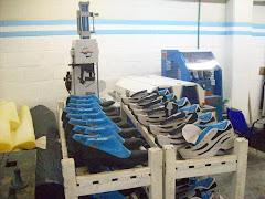 UnidadPenal 1 Ezeiza.Zapatillas y zapatos producidos enel Taller de la Unidad