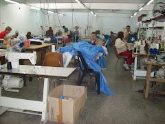 Unidad 3 Mujeres Ezeiza. Taller Integral Ilanderia, Costura, confeccion de prendas e indumentaria.