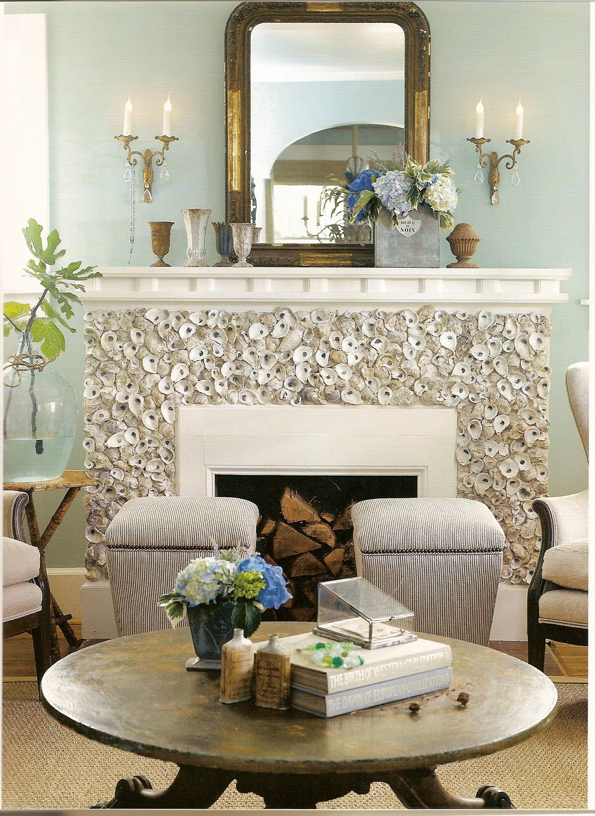 Flair for Vintage Decor: Oyster shells and decor!