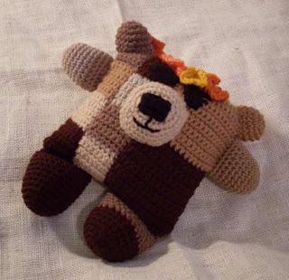 fudgie the flowerumi bear crochet pattern