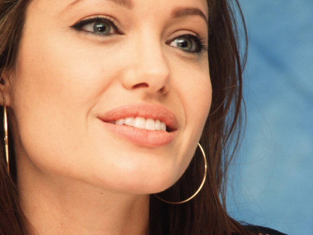 angelina jolie workout and diet | beta pics
