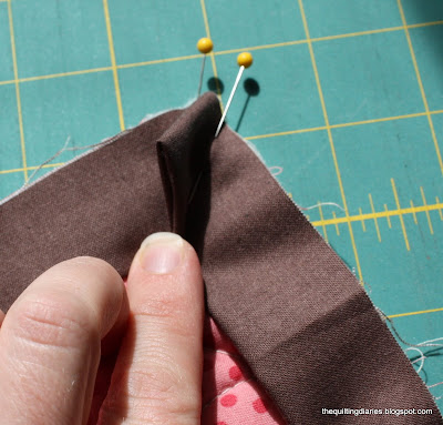 How to bind or finish a quilt : quilt borders and bindings - Adamdwight.com