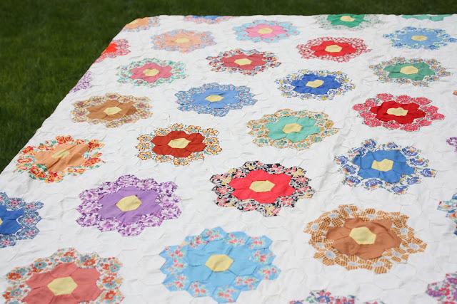 Antique Grandmother S Flower Garden Quilt