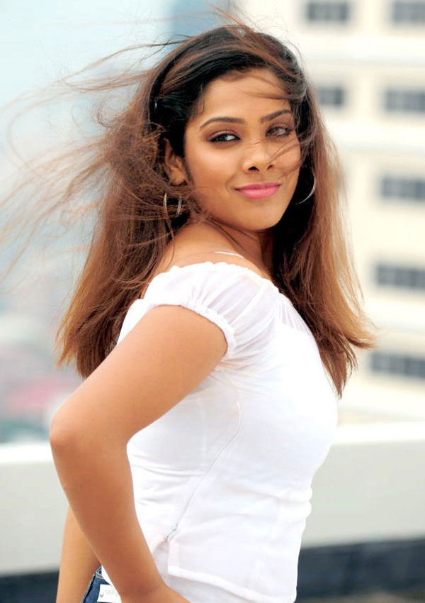 Tamil Actress Sandhya Hot Pics