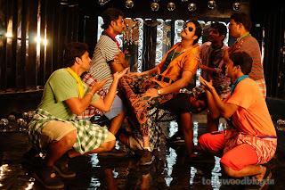 Anushka Shetty in Ragada Movie Saree Choli Dance