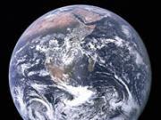terre planete bleue, Photo de la Terre prise le 7 décembre 1972 par les astronautes de la mission Apollo 17 en route vers la Lune.