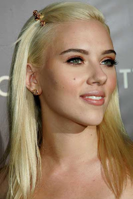 best celebrity hairstyles Scarlett Johansson long straight hairstyle