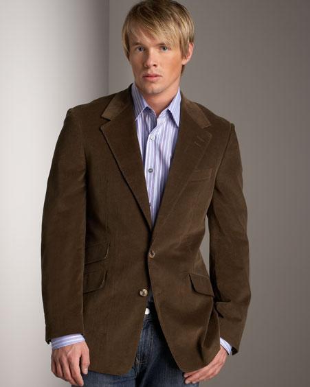 Blazer marrom com camisa e calça azul
