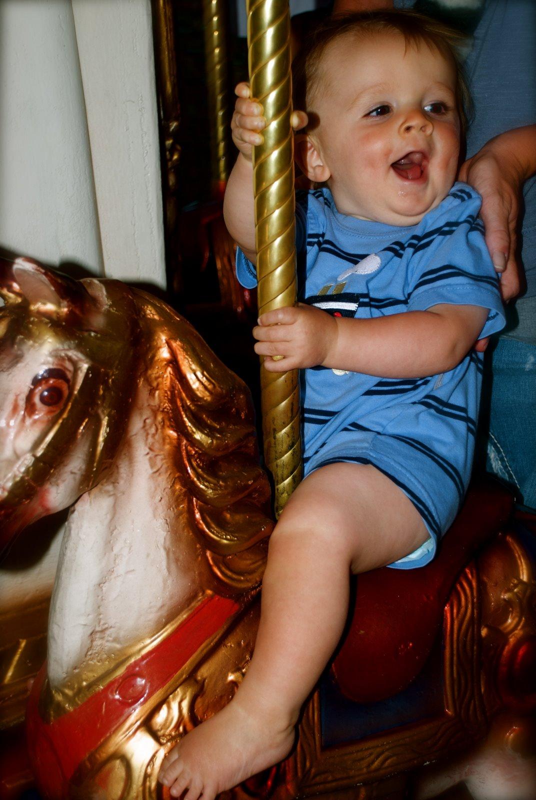 [3+Greyson+on+horse.jpg]