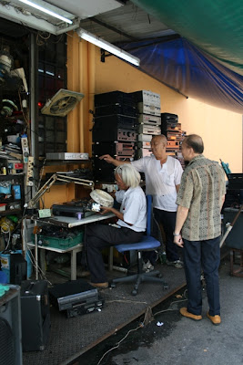 Recycled electronics - secondhand electronis on sale