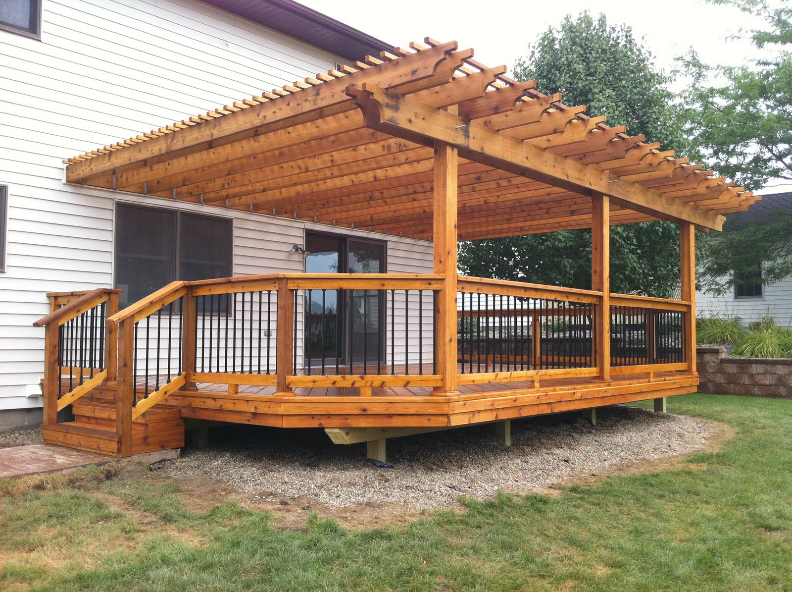 Outdoor Living Cass City Mi New Cedar Deck And Pergola
