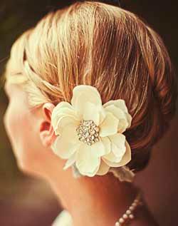 pırlantalı saç çiçeği