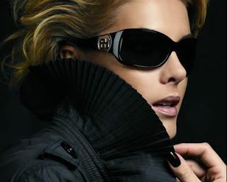 2b5c5aeb0fe14 A loja Flu Look, no Shopping Iguatemi de Maceió, comemora seu 39º  aniversário no dia 18 de outubro e traz a presença da apresentadora Ana  Hickmann para ...