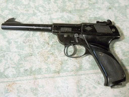 Another Airgun Blog: Roger Mondial Pistol Disassembly, Part 1
