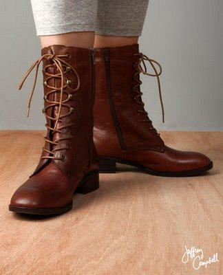 Chloe Lace Kitten Heel Shoes