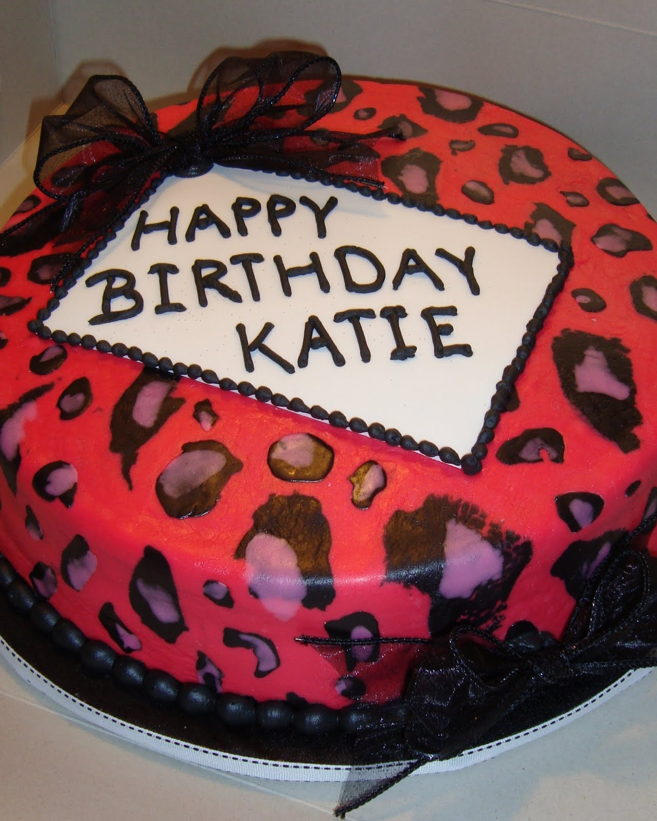 How To Make A Leopard Print Fondant Cake