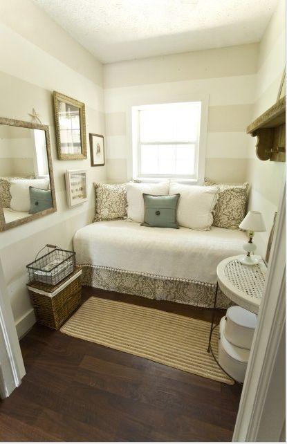 Cama que vira sofá com dicas de decoração. Blog Achados de Decoração