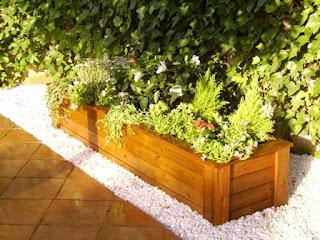 Jardineras de madera de pino a medida jardineras diferentes - Jardineras a medida ...