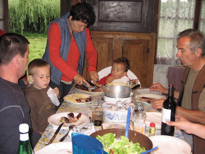 El almuerzo en grupo
