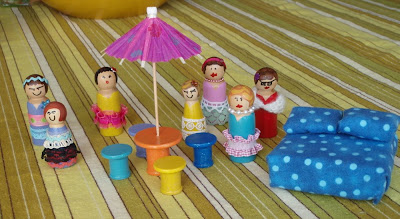 peg people dollhouse