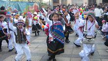 Mis niños en pleno acto Fiestas patrias
