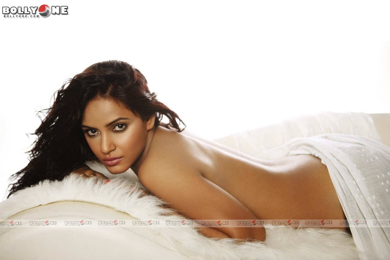 Neetu Singh Boobs Nipple Photos