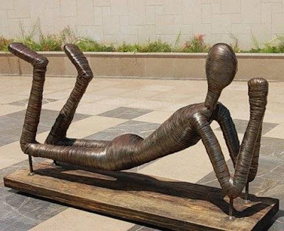 Unusual-urban-sculpture-07.jpg