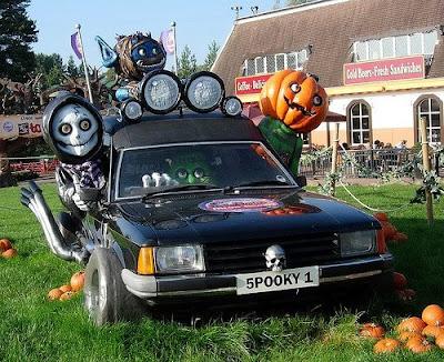 halloween-cars-03.jpg