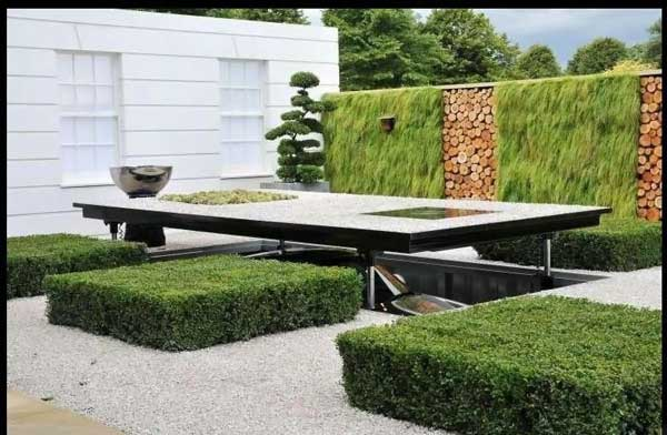 Garage disguised as a lawn: 5pics