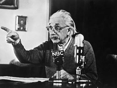 10 tips sukses dari Albert Einstein