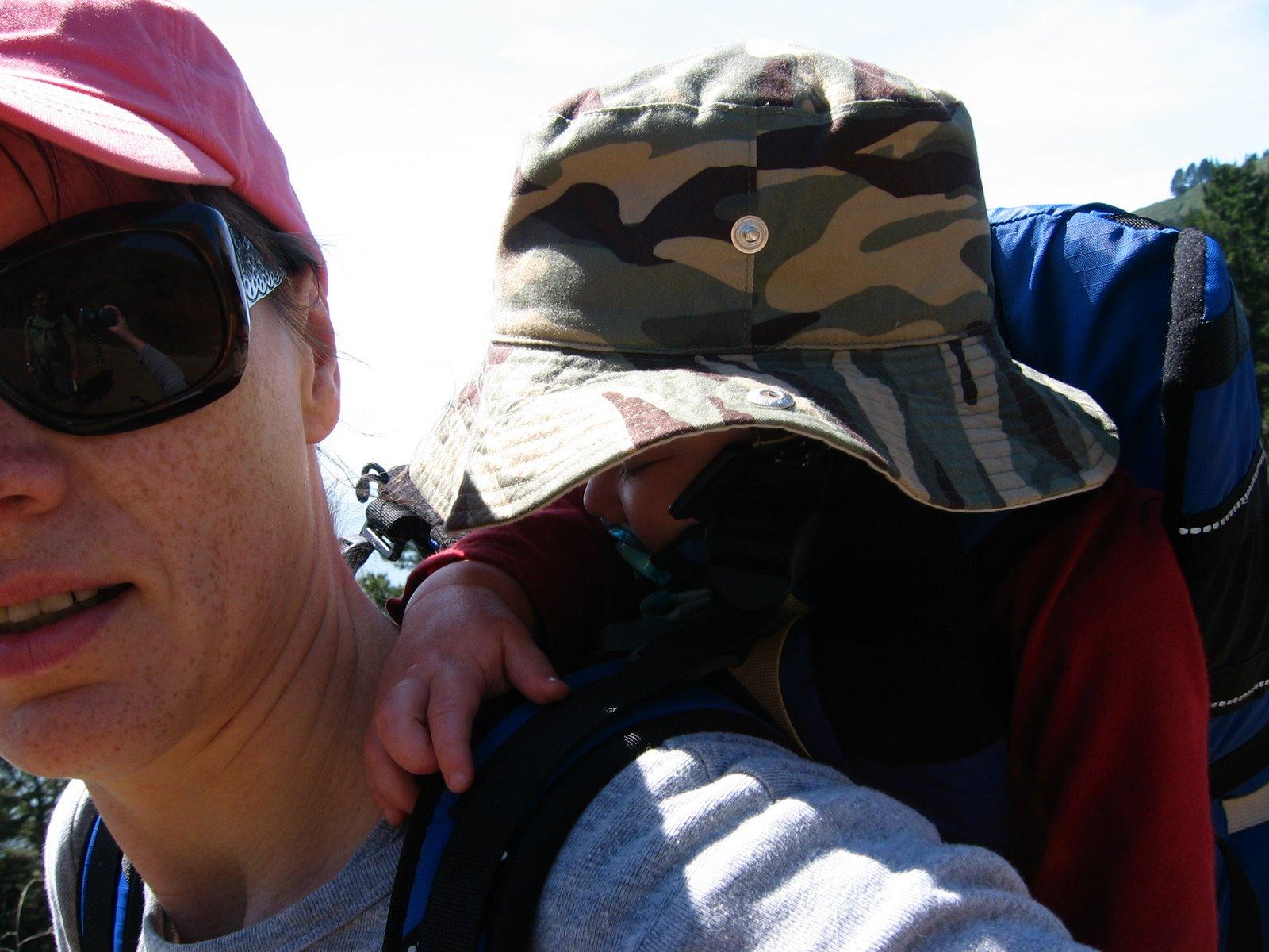 [Hiking+04.01.07+031.jpg]