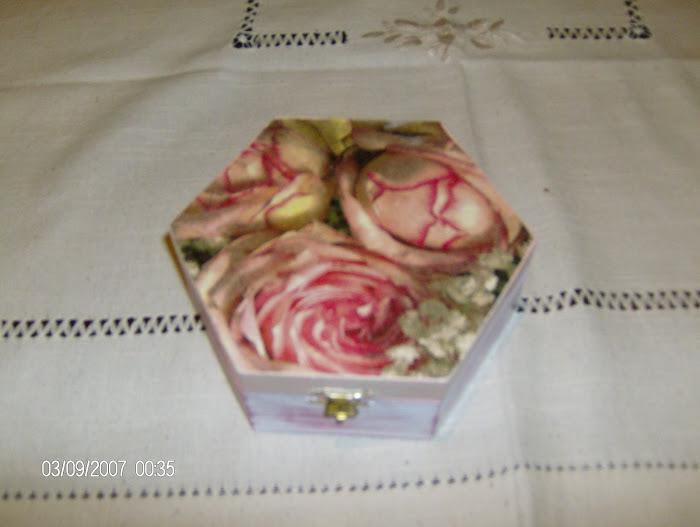 caixinha rosas