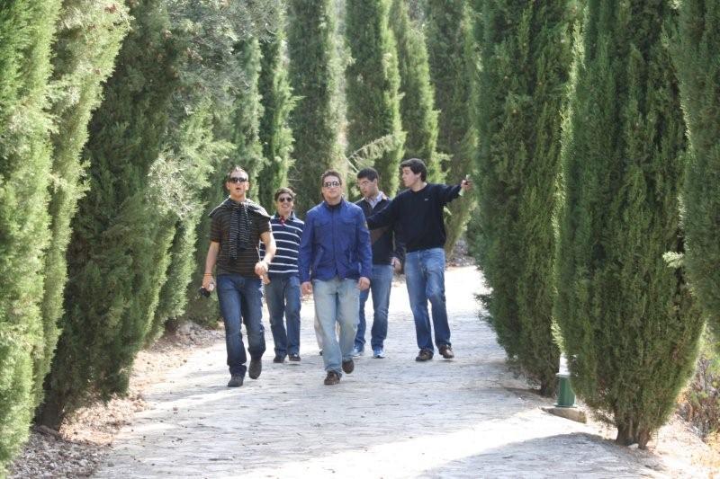 Colegio Mayor Albayzn Noticias  Ms que residencia o alojamiento de estudiantes Almedinilla visita al poblado ibrico y a la villa romana