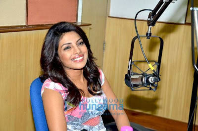 Priyanka Chopra promotes '7 Khoon Maaf' at Radio City 91.1 FM