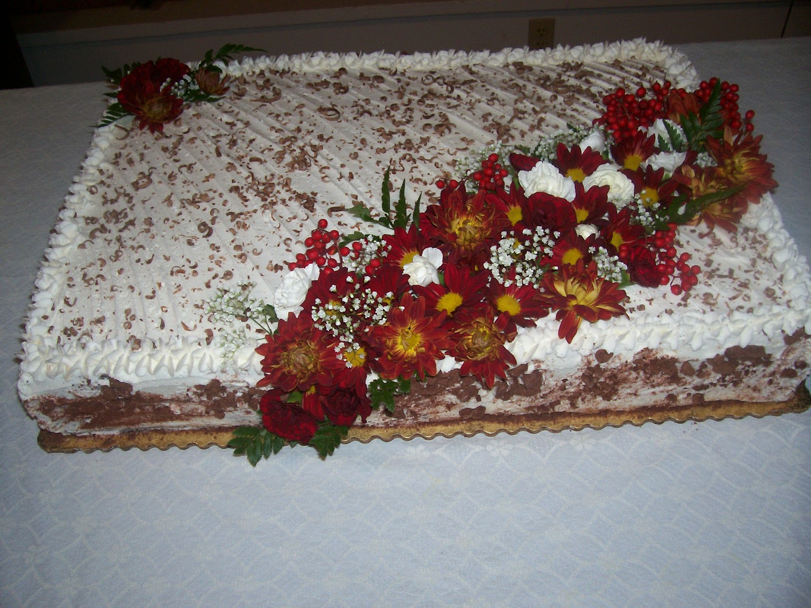 Full Sheet Cake Frosted With Buttercream Decorated With Star Border