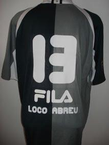 O símbolo de um Botafogo que decide. Pra valer. Com vocês a camisa c9d1dc5b2abfd