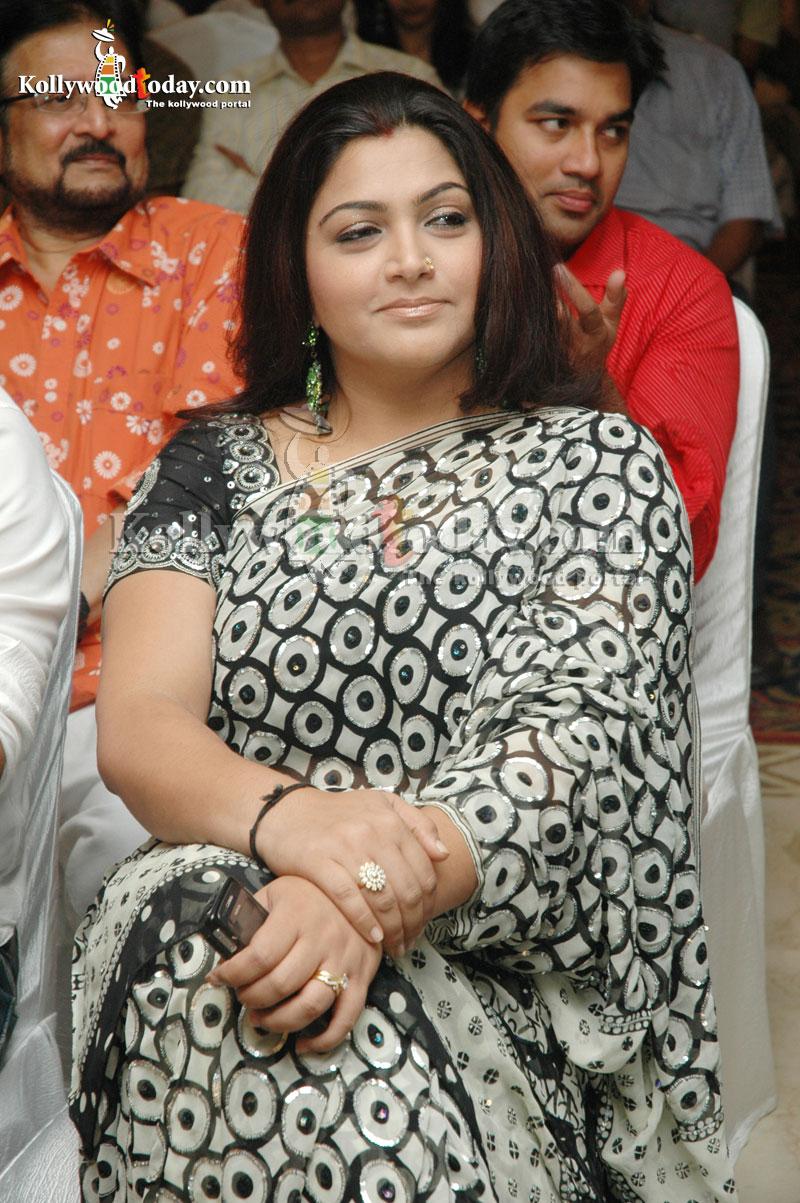 Film Actress Photos Kushboo Hot In Black Saree-8310