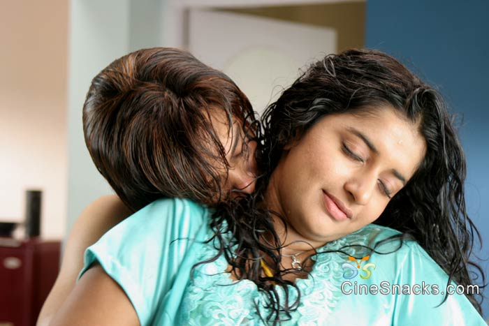 South Indian Cinema Actress Kiss Scenes In Movies 3-5988