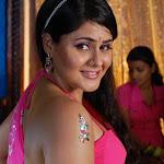 Farzana Sexy In Saree