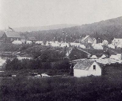 Vue de la réserve amérindienne de Wemotaci, juillet 1913, lors de la visite de Latulippe.