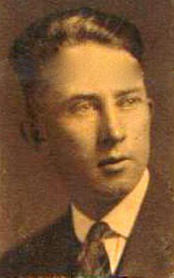 Portrait de Jeremiah McCarthy, 1927, aimablement fourni par son petit-fils, Patrick McCarthy, et qu'a retouché Jean-Pierre Lajeunnesse, que je remercie ici.
