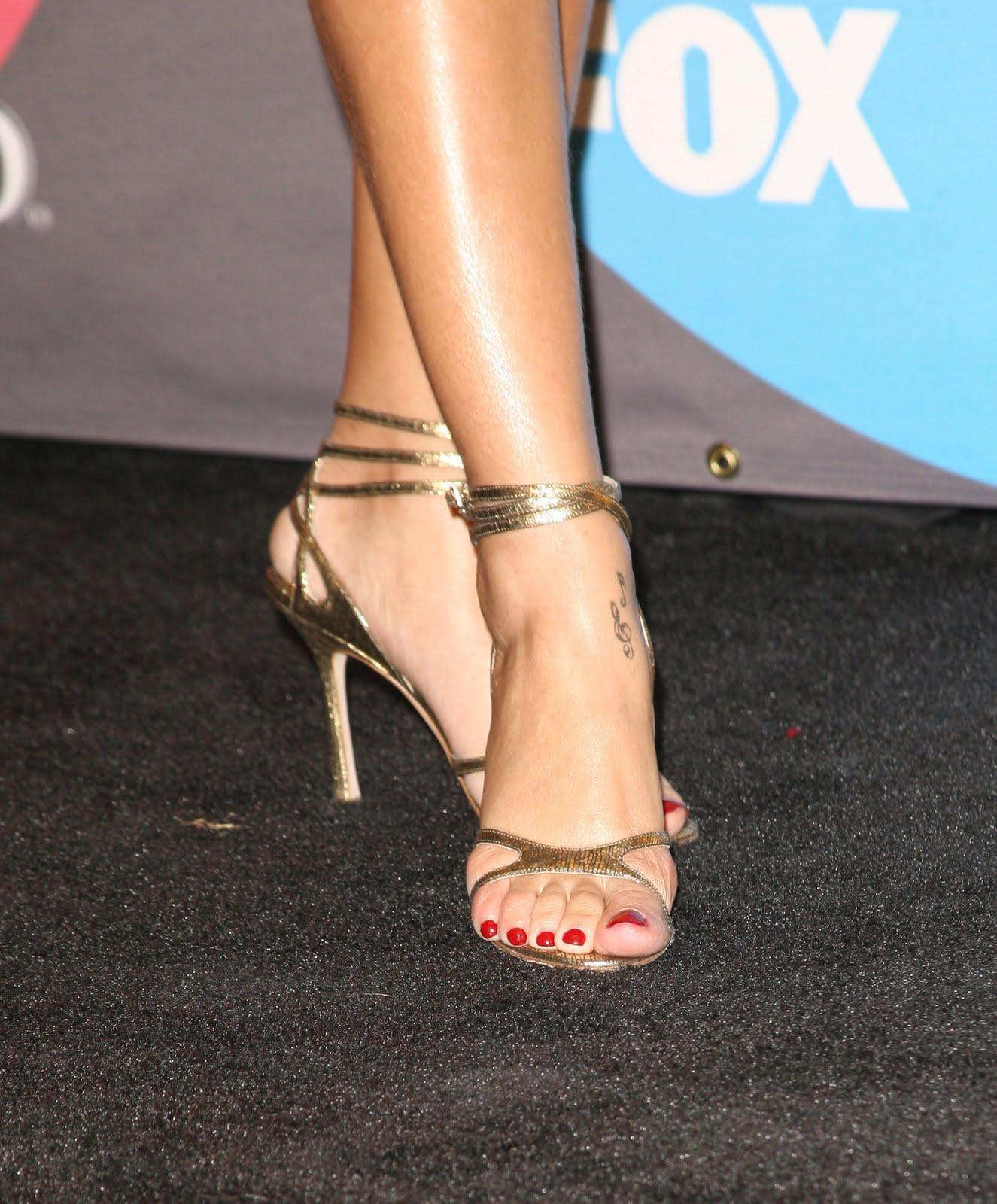 Rihanna feet