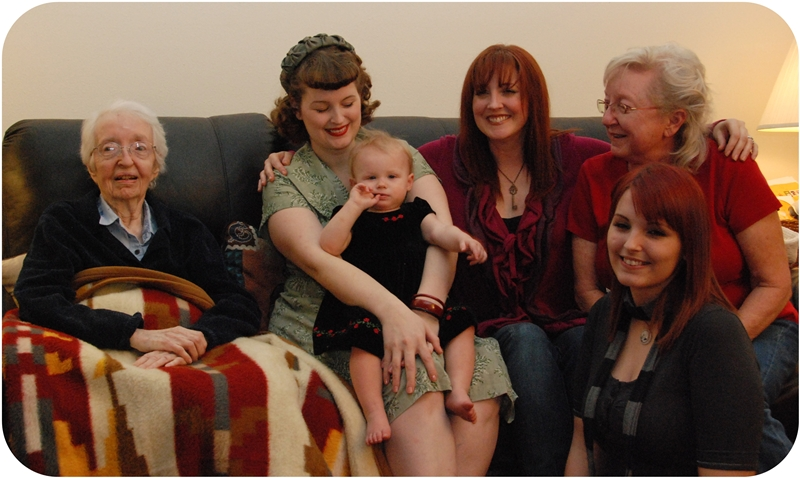 Christmas with 5 Generations of Chicks - Va-Voom Vintage Vintage