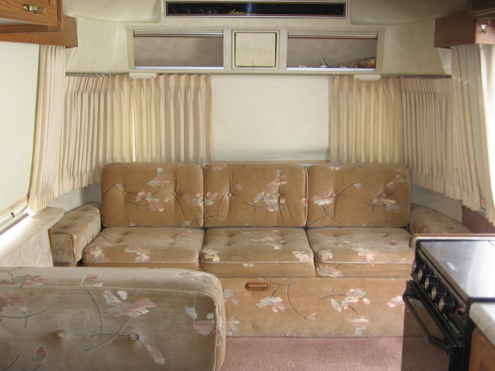 Straw Cottage The New Old Airstream Sofa