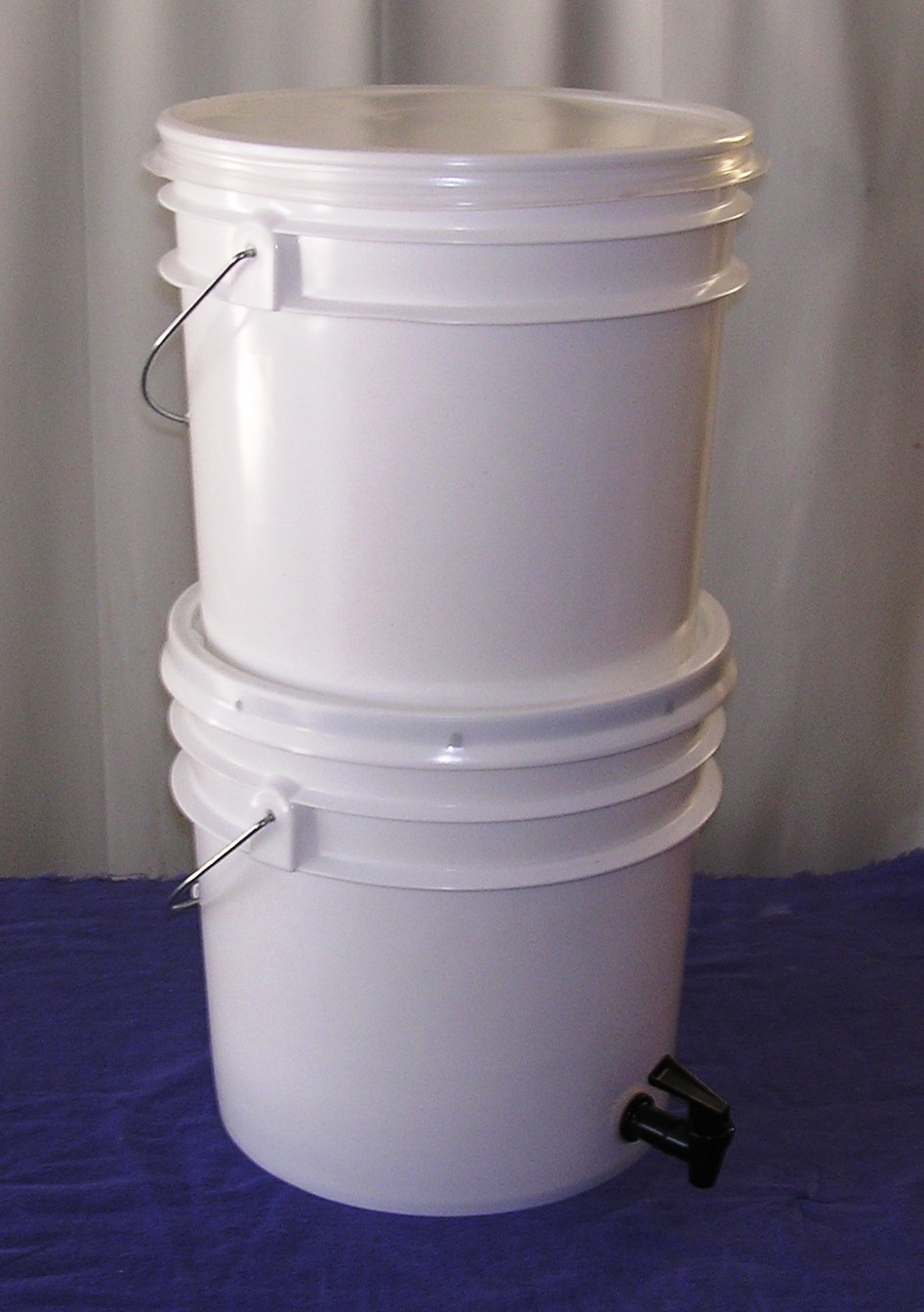 --- Living Prepared --- Gravity Fed Safe Drinking Water Filter & Living Prepared ---: Gravity Fed Safe Drinking Water Filter