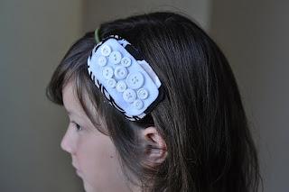 http://1.bp.blogspot.com/_bZNGMOswGCE/TEZDIMU0yLI/AAAAAAAAMkI/J7pnE7g9kK4/s1600/headband14.jpg
