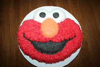 I Used Wiltons Elmo Face Cake Pan And Decorated It W Tip 233 Hair Grass Instead Of Stars Love The Effect Looks Like Really Has Fur