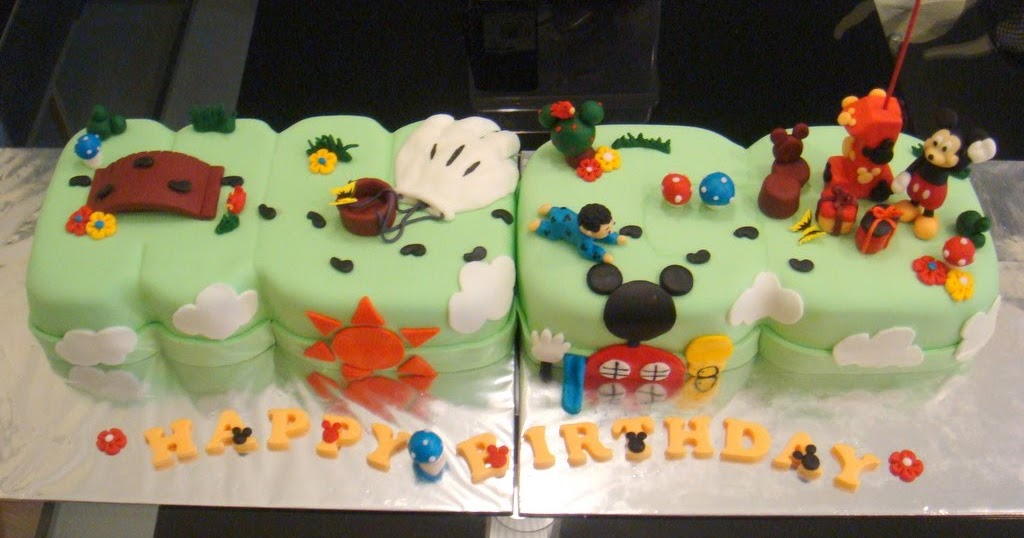 Make Our Own Hugo S Mickey Mouse Cake